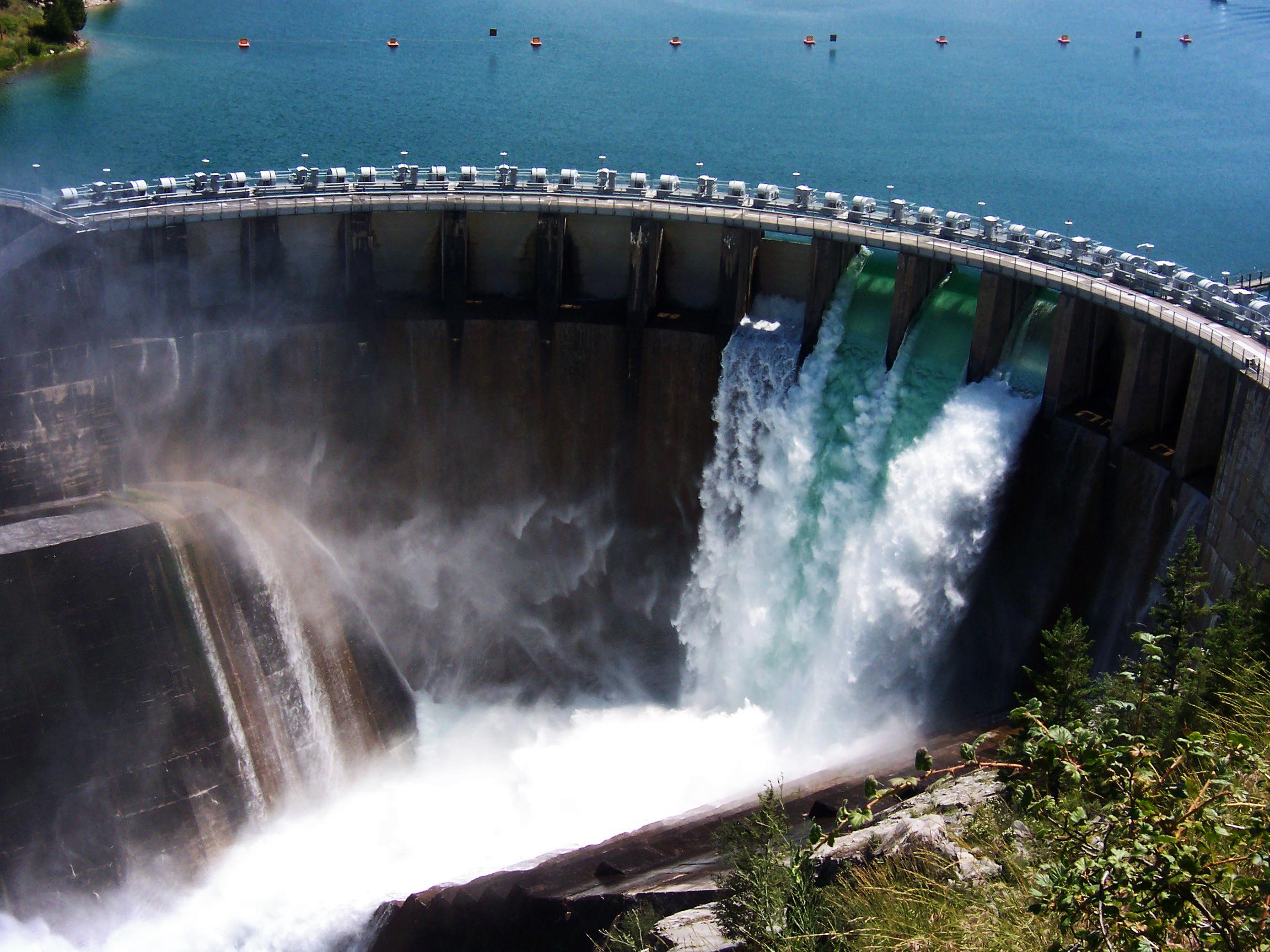 kerr-dam-1394270
